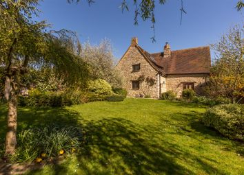Lower Road, Blackthorn, Bicester OX25, south east england property