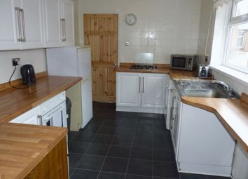 Thumbnail 3 bed flat to rent in Downs Road, Coulsdon
