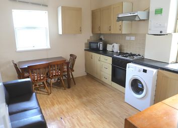 Thumbnail 3 bed flat to rent in Whitton Road, Hounslow