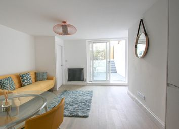 Thumbnail 2 bed flat for sale in York Road, Hove