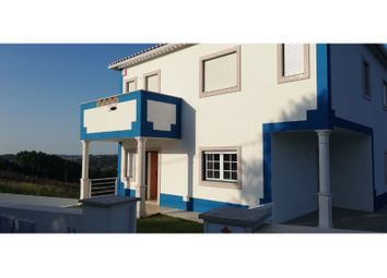 Thumbnail 3 bed detached house for sale in Alvorninha, Alvorninha, Caldas Da Rainha