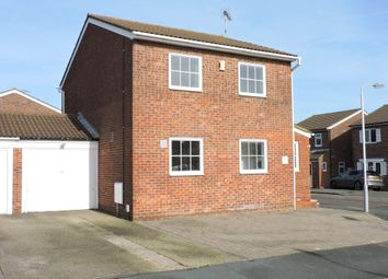 Thumbnail 3 bedroom link-detached house for sale in Higham Drive, Luton