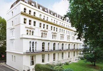 Thumbnail 2 bedroom flat to rent in Kensington Garden Square, Bayswater, London