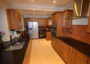 6 bed property to rent in Fulready Road, Leyton E10