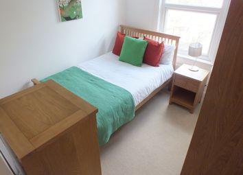 Thumbnail Room to rent in Waylen Street, Reading, Berkshire