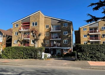 Cumberland Road, Bromley BR2. 2 bed flat for sale