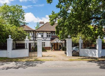 Thumbnail 6 bed detached house for sale in Great North Road, Brookmans Park, Hertfordshire