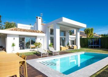 Thumbnail 4 bed villa for sale in Málaga, Spain
