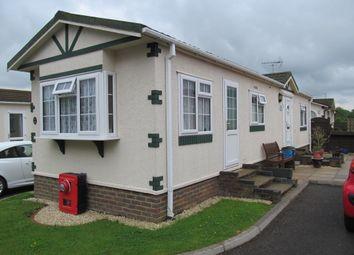 Thumbnail 2 bed mobile/park home for sale in Oaklands Park, Langley Common Road, Wokingham, Berkshire