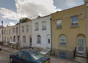 Thumbnail 5 bed shared accommodation to rent in Peacock Street, Gravesend