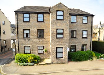 Thumbnail 2 bed flat to rent in Trafalgar Road, Harrogate
