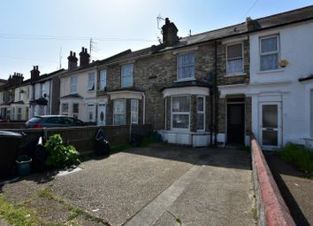 Thumbnail Studio to rent in Hayes Road, Clacton On Sea, Essex