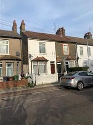3 bed property to rent in Victoria Road, Barking IG11
