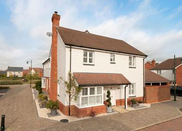 Lancer Drive, Kings Hill, West Malling ME19. 3 bed semi-detached house for sale