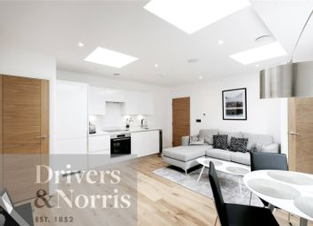 Thumbnail 2 bed flat for sale in Parkhurst Road, Islington, London