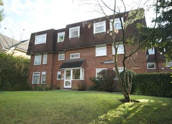 Royston Grove, Pinner, Middlesex HA5. 2 bed flat