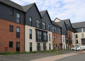 Thumbnail 2 bedroom flat to rent in Ffordd Penrhyn, Barry