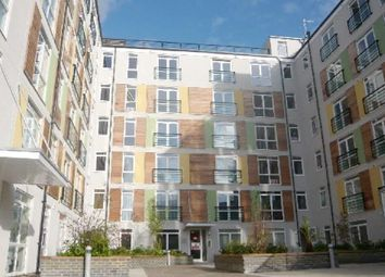 Thumbnail Flat to rent in Maxwell Road, Borehamwood