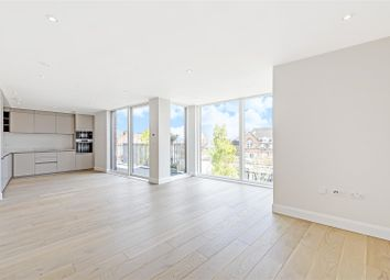 Dersingham Road, Cricklewood NW2. 2 bed flat for sale