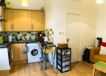 Thumbnail 2 bed flat to rent in Askew Road, Shepherds Bush, London