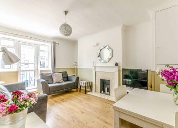 Thumbnail 3 bedroom flat for sale in Southgate Road, De Beauvoir Town