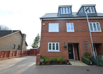 Thumbnail 4 bed property to rent in The Courtyard, Maidenhead