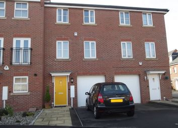 Thumbnail 3 bed town house for sale in Linnet Way, Hucknall