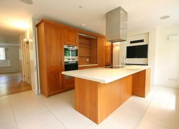 Thumbnail 3 bed flat to rent in Richmond Green, Surrey
