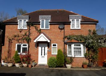 Thumbnail 3 bedroom detached house for sale in Coombe Close, Hatfield