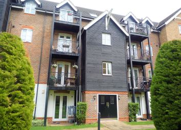 Thumbnail 2 bed flat to rent in Fryers Lane, High Wycombe