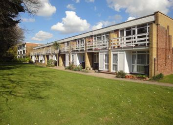 Thumbnail 1 bedroom flat to rent in College Gardens, Worthing