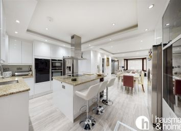 4 bed property for sale in Cheviot Gardens, London NW2