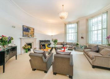 4 bed flat for sale in Gloucester Square, London W2