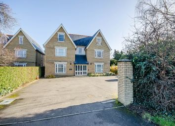 2 bed flat to rent in 216 Cambridge Road, Cambridge CB22