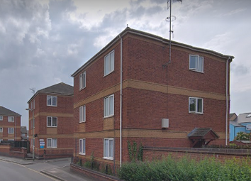 Thumbnail 2 bedroom flat to rent in Haven Close, St. Thomas, Exeter