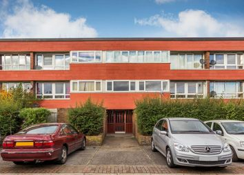 Thumbnail 2 bed flat to rent in Stourhead Gardens, London