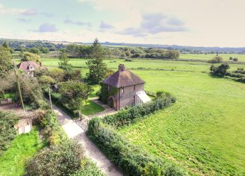 3 bed detached house for sale in South Stoke, Arundel, West Sussex BN18
