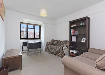 2 bed flat for sale in Barrow Road, London SW16