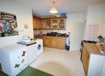 Thumbnail 2 bedroom flat to rent in Waterloo Terrace, Carmarthen