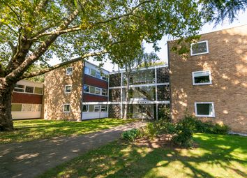 Coleridge Court, Richmond TW10. 2 bed flat for sale
