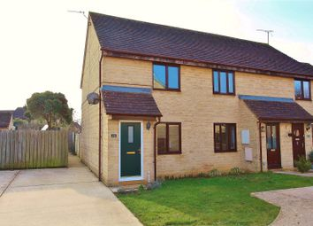 2 bed end terrace house for sale in Manor Road, Witney OX28
