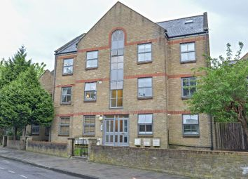 Thumbnail 2 bedroom flat for sale in 58 Wilton Way, London