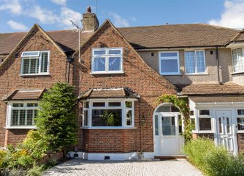 4 bed property for sale in Churston Drive, Morden SM4