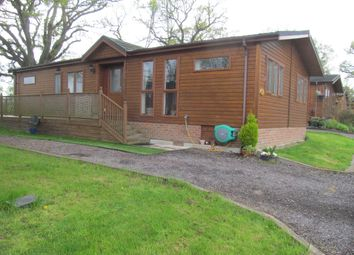 Thumbnail 2 bed mobile/park home for sale in Oakside Lodge, Royal Oak Country Park, Wineham Lane, Henfield, West Sussex