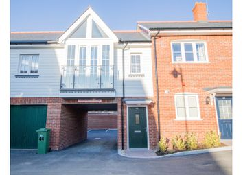 Thumbnail 2 bed flat to rent in Cook Way, Horsham
