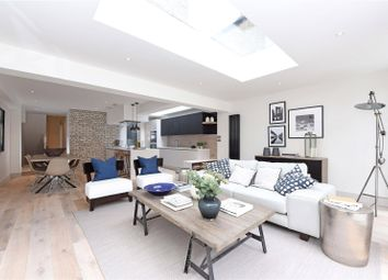 Thumbnail 3 bed flat for sale in Wroughton Road, London