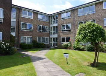 Thumbnail 2 bed flat to rent in Chase Road, London