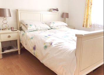 Thumbnail 3 bed flat to rent in Reform Street, London