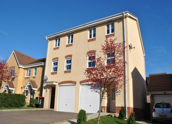 Thumbnail 3 bed town house to rent in Ridgely Drive, Leighton Buzzard