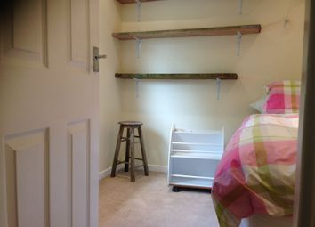 Thumbnail 3 bed shared accommodation to rent in Testing, Oxfordshire